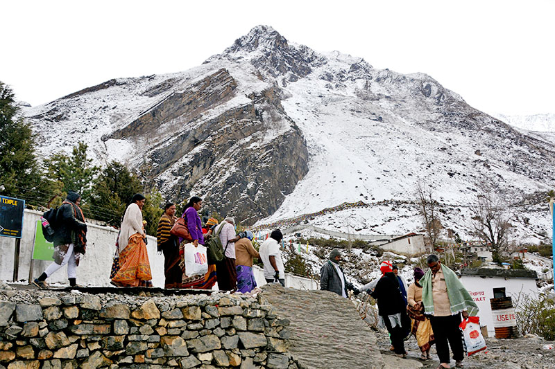 Indian tourists descend after visting Muktinath temple in Mustang, a trans-Himalayan district, in Nepal, on Monday, May 28, 2018. Photo: RSS