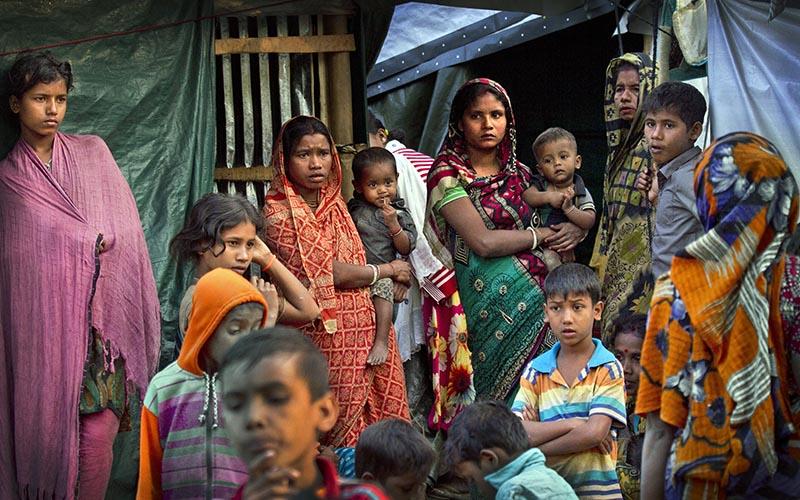 Hindu refugees stand outside their make shift shelters at Kutupalong refugee camp near Cox's bazar, Bangladesh, on January 16, 2018. Photo: AP/ File