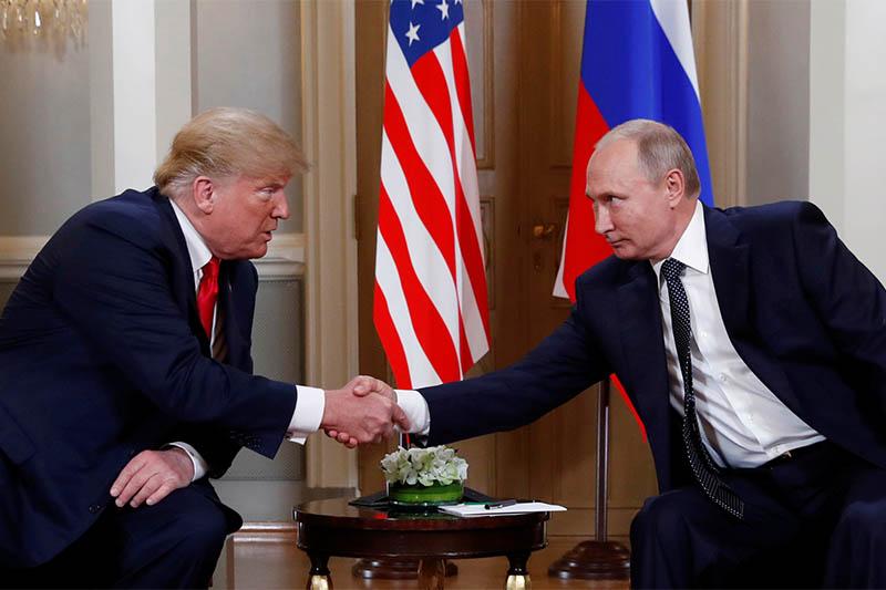 US President Donald Trump meets with Russian President Vladimir Putin in Helsinki, Finland, July 16, 2018.   Photo: Reuters
