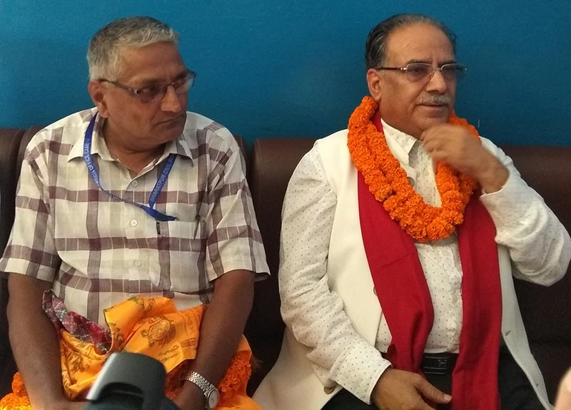 Nepal Communist Party Co-chairman Pushpa Kamal Dahal speaking at a press meet organised by Chitwan Press Centre and Press Chautari, in Bharatpur, on Thursday, July 12, 2018. Photo: THT