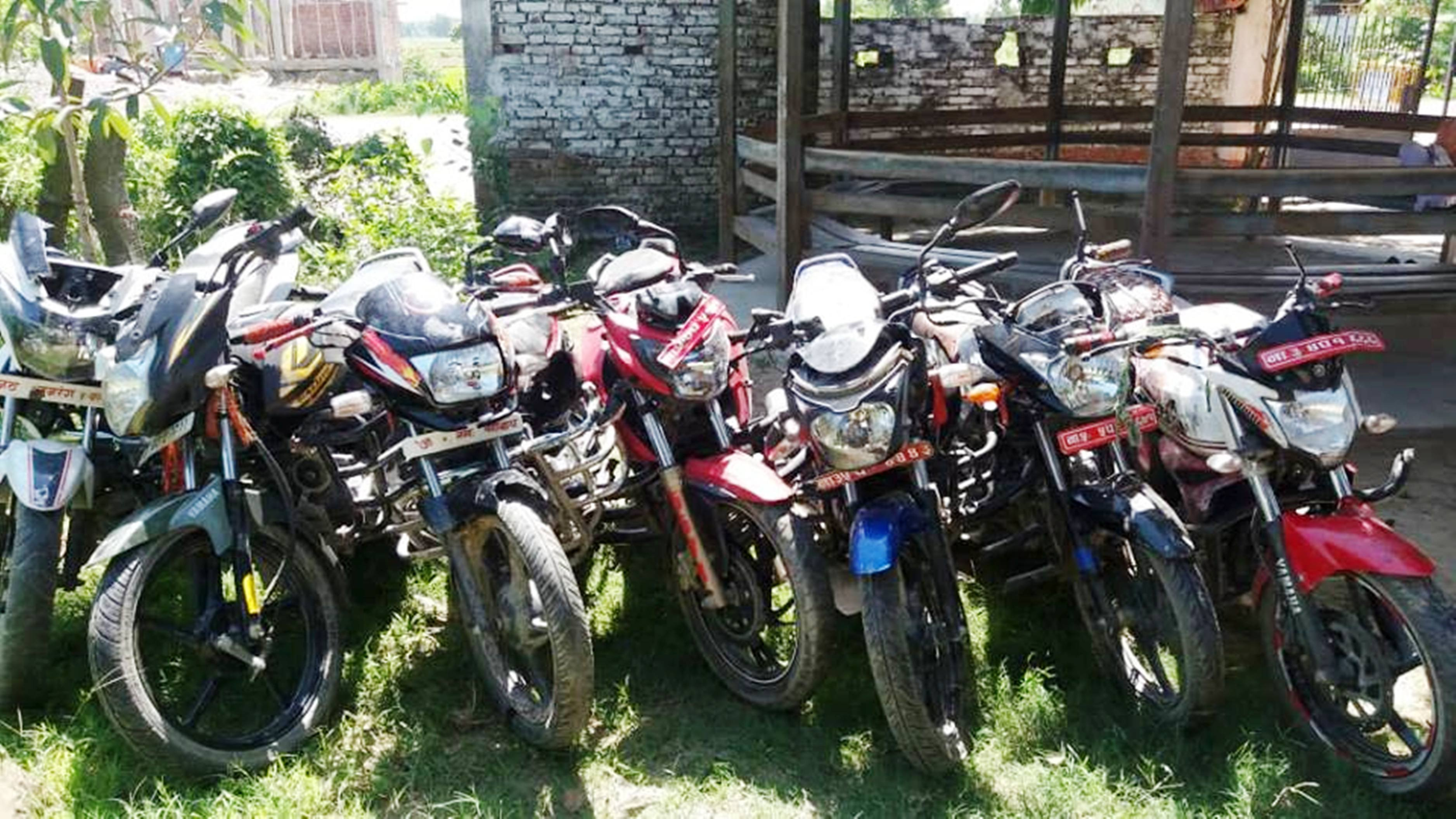 Motorbikes vandalised during a clash between locals are seen at Area Police Office, Garuda, on July 20, 2018. Photo: Prabhat Jha