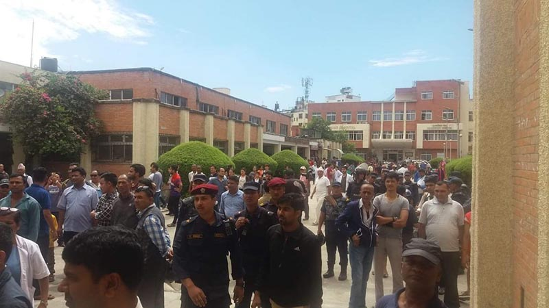 People picket Tribhuvan University Teaching Hospital during the strike called by the Nepal Medical Association, an umbrella organisation of medical doctors and dentists, in Maharajgunj, Kathmandu, on Thursday, July 19, 2018. The association has decided to halt all medical services except emergency across the country today. Photo courtesy: Sabina Khanal