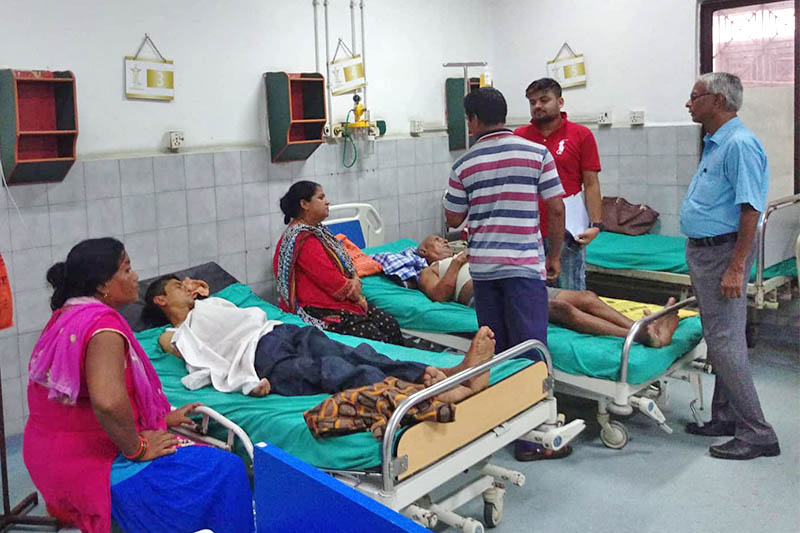 People hurt in a bus accident at Chumlingtar, Chitwan, lying on beds at College of Medical Sciences, Bharatpur, in Chitwan district, on Friday, July 27, 2018. Photo: Tilak Ram Rimal/THT