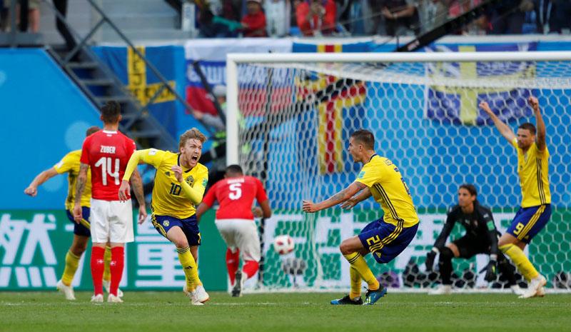Soccer Football - World Cup - Round of 16 - Sweden vs Switzerland - Saint Petersburg Stadium, Saint Petersburg, Russia - July 3, 2018  Sweden's Emil Forsberg celebrates scoring their first goal                   REUTERS/Lee Smith
