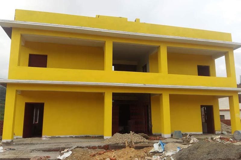 A newly reconstructed building of Bajra Barahi Secondary School in Thaha Municipality, Makawanpur, on Friday, August 3, 2018. Photo: THT