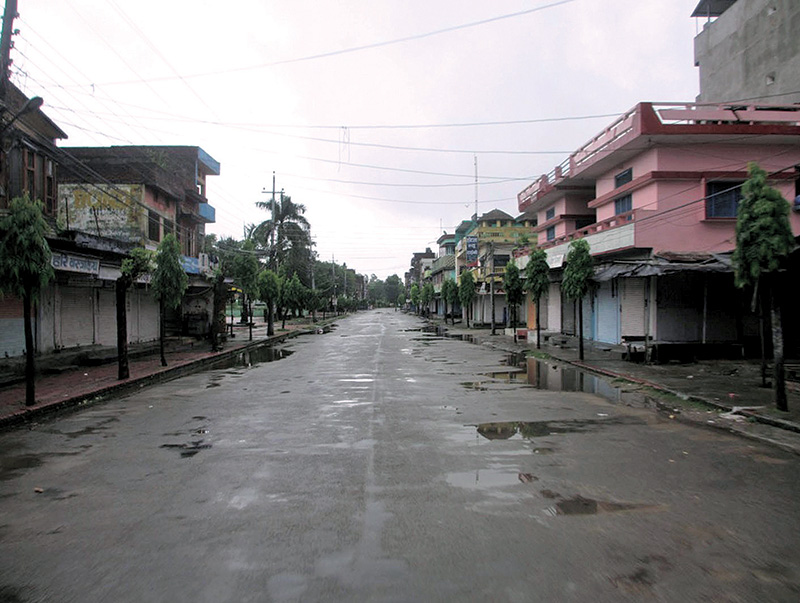 Bhimdattanagar Bazaar wearing a desolate, deserted look on Saturday after the District Administration Office imposed indefinite curfew on Friday evening to curb demonstrations over the rape and murder of Nirmala Panta.  Photo: RSS