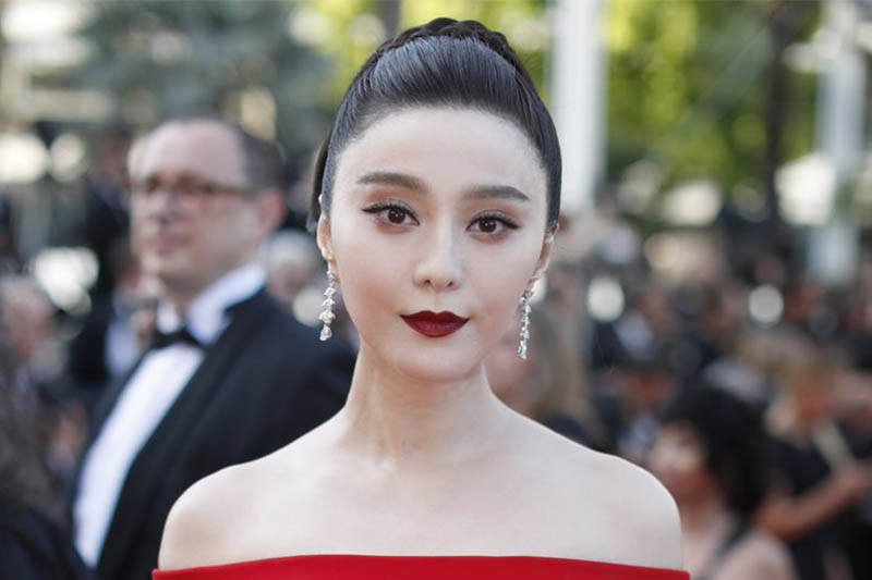 File: Fan Bingbing poses for photographers as she arrives for the screening of the film 'The Beguiled' at the 70th international film festival, Cannes, southern France. Photo: AP