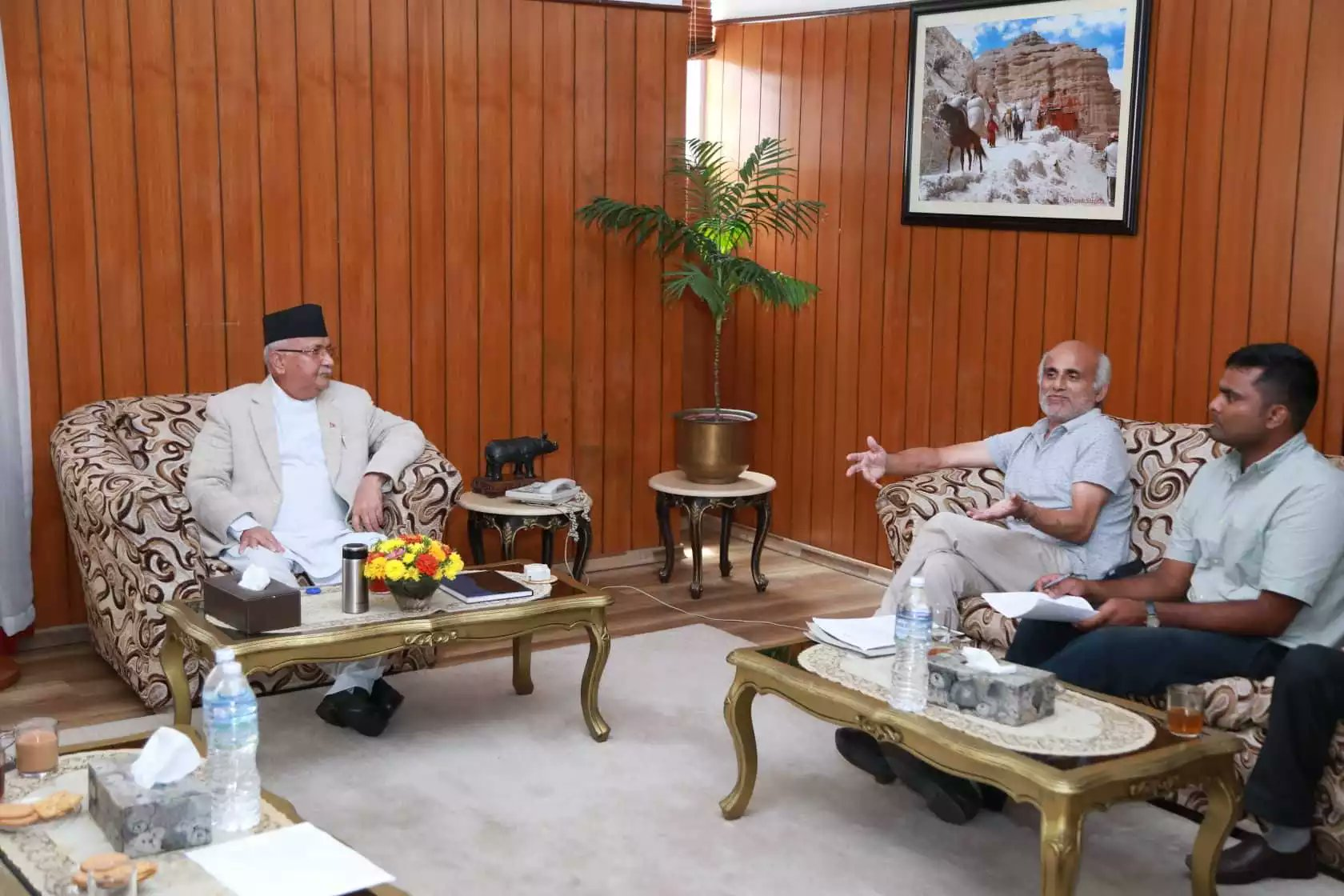 Prime Minister KP Sharma Oli and medical activist Dr Govinda KC in a meeting at formeru2019s official residence in Baluwatar on Saturday, August 11,2018. Photo: Abhishek Raj Singh