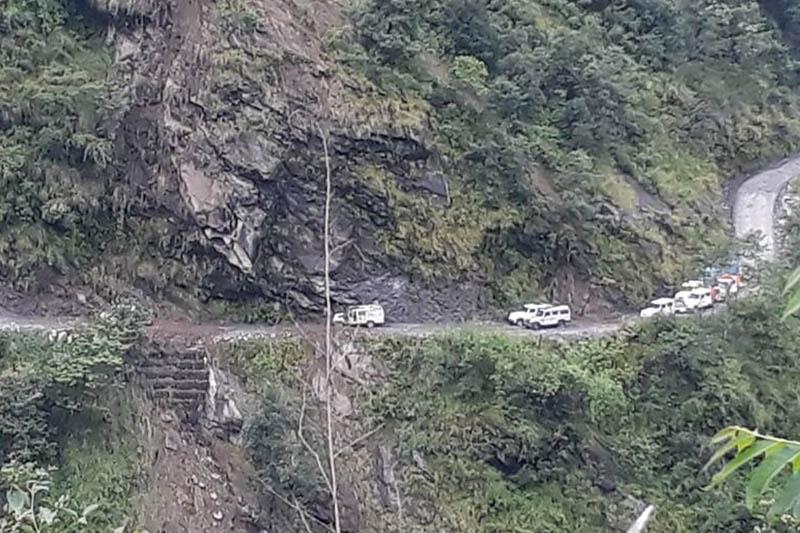 Vehicles seem in traffic jam due to landslides along Besisahar-Chame road section. Photo: Ramji Rana