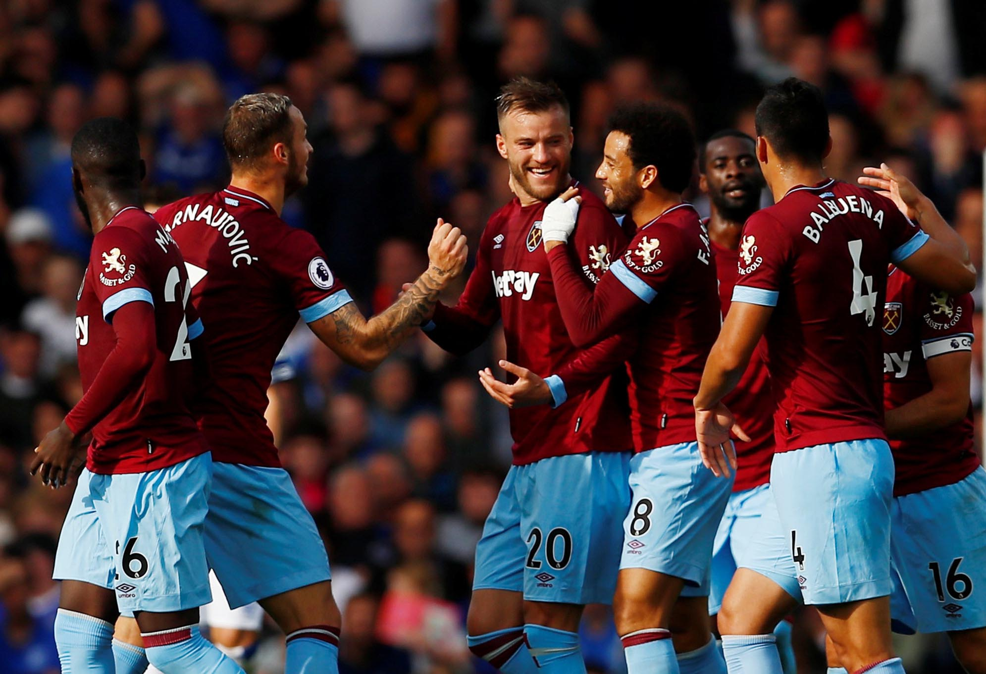 West Ham's Andriy Yarmolenko celebrates scoring their second goal with teammates during Premier League match between Everton and West Ham United, at Goodison Park, in Liverpool, Britain, on September 16, 2018. Photo: Action Images via Reuters
