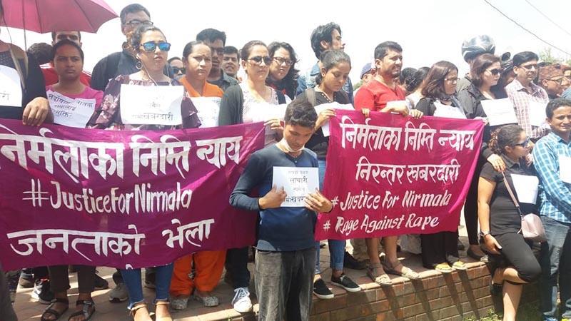 People stage a peaceful mass rally #JusticeForNirmala, at Maitighar Mandala, Kathmandu, on Saturday, September 15, 2018. Photo: Priyanka Adhikari/THT