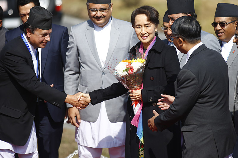 State Counsellor of Myanmar Aung San Suu Kyi gestures upon her arrival to attend the Asia Pacific Summit 2018, at Tribhuvan International Airport, in Kathmandu, on Thursday, November 29, 2018. Photo: Skanda Gautam/THT