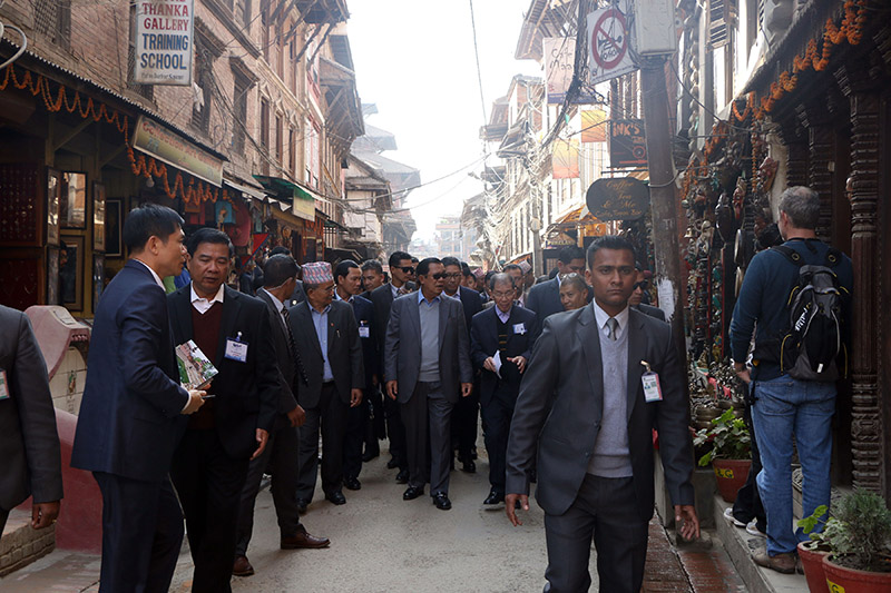 Prime Minister of Cambodia Hun Sen, who is here to attend the Asia Pacific Summit, observing Patan Durbar Sqaure, in Lalitpur, on Friday, November 30, 2018. Photo: RSS