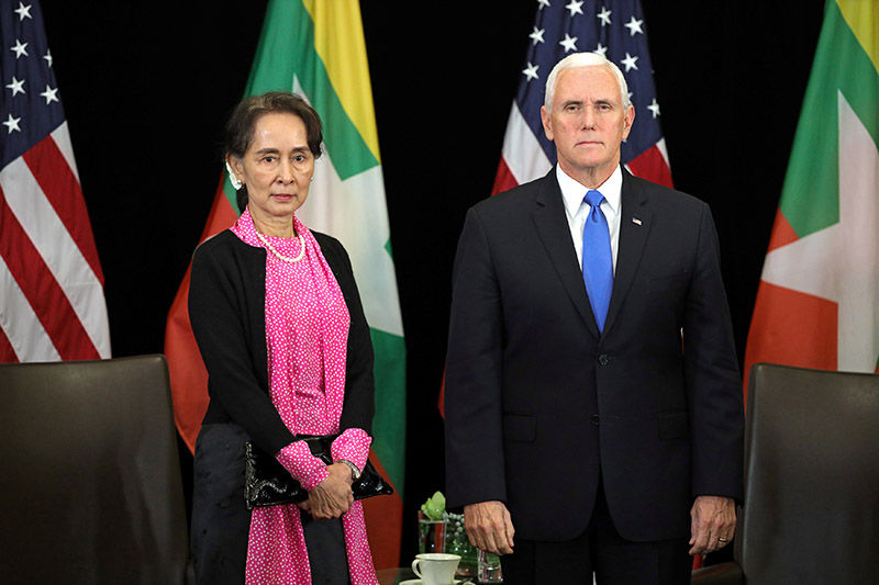 Myanmar's State Counsellor Aung San Suu Kyi and US Vice President Mike Pence hold a bilateral meeting, in Singapore, on Wednesday, November 14, 2018. Photo: REUTERS