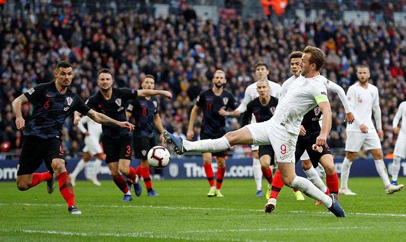 England's Harry Kane shoots at goal before Jesse Lingard scores their first goal during the UEFA Nations League League A Group 4 match between England and Croatia, at Wembley Stadium, London, Britain, on November 18, 2018. Photo: Reuters