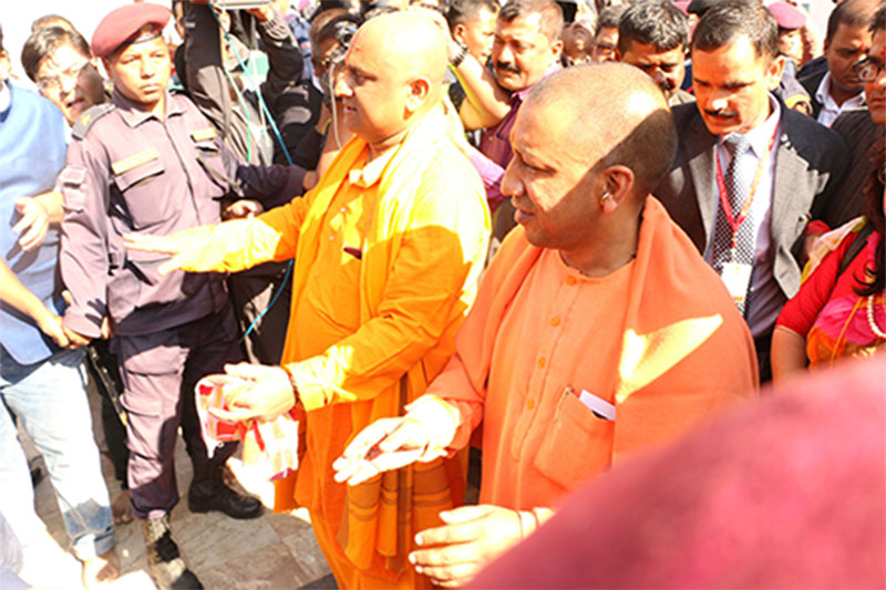 Chief Minister of Uttar Pardesh in India, Yogi Adityanath (right), visits Janakpurdham on the occasion of Vivaha Panchami, on Wednesday, December 12, 2018. Photo: RSS