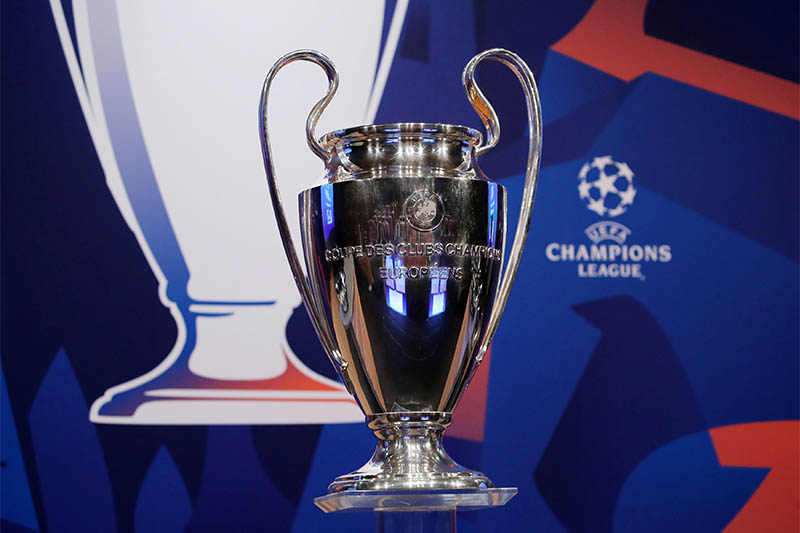 General view of the Championsu00a0Leagueu00a0trophy before theu00a0draw. Photo: Reuters