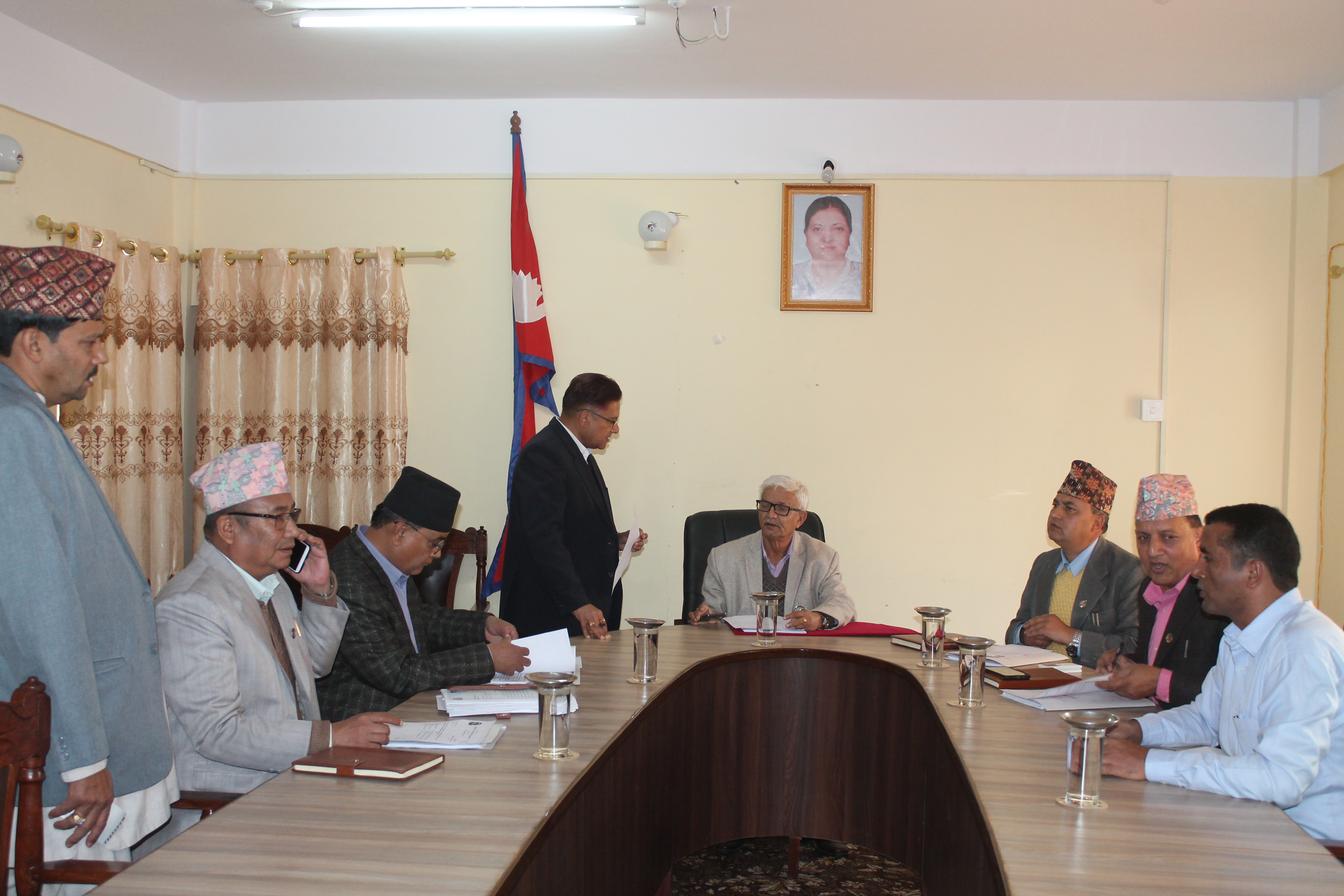 Chief Minister and Ministers of Province 3 interact at a cabinet meeting on Wednesday, December 05, 2018. Photo: Prakash Dahal/THT