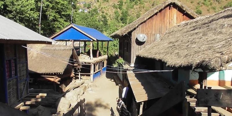 A Majhi settlement on the banks of the Tamor River in Hakpare of Panchthar, on Wednesday, December 19, 2018. Photo: THT