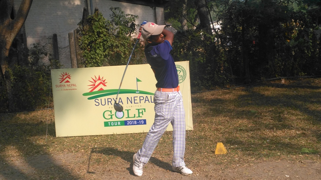 Rabi Khadka plays a shot during the second round of the Surya Nepal Eastern Open in Dharan on Thursday, December 27, 2018. Photo: THT