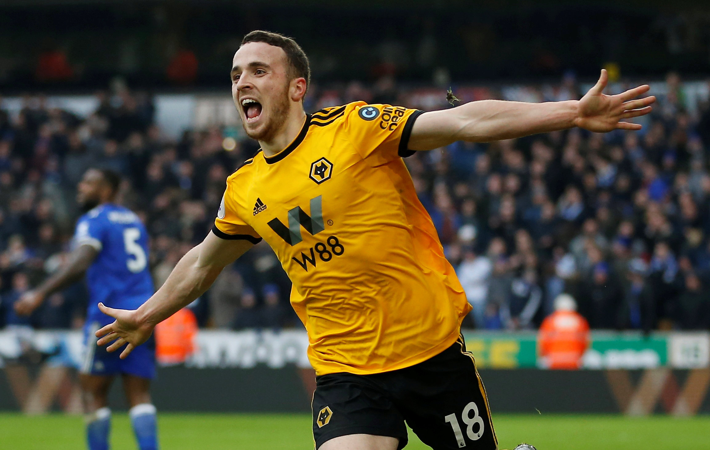 Soccer Football - Premier League - Wolverhampton Wanderers v Leicester City - Molineux Stadium, Wolverhampton, Britain - January 19, 2019  Wolverhampton Wanderers' Diogo Jota celebrates scoring their fourth goal to complete his hat-trick. Photo: Reuters