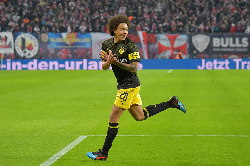 Borussia Dortmund's Axel Witsel celebrates scoring their first goal. Photo: Reuters