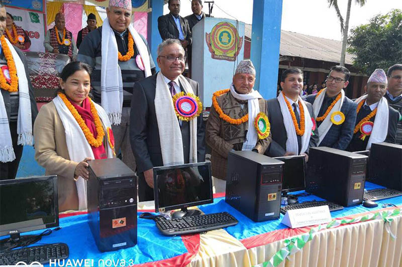 Bharatpur Metropolis Mayor Renu Dahal (left) Pakistan Ambassador to Nepal Dr Mahrez Javed (second left) and other officials present during handover of computers to School in Bharatpur on Tuesday. Photo: Embassy of Pakistan