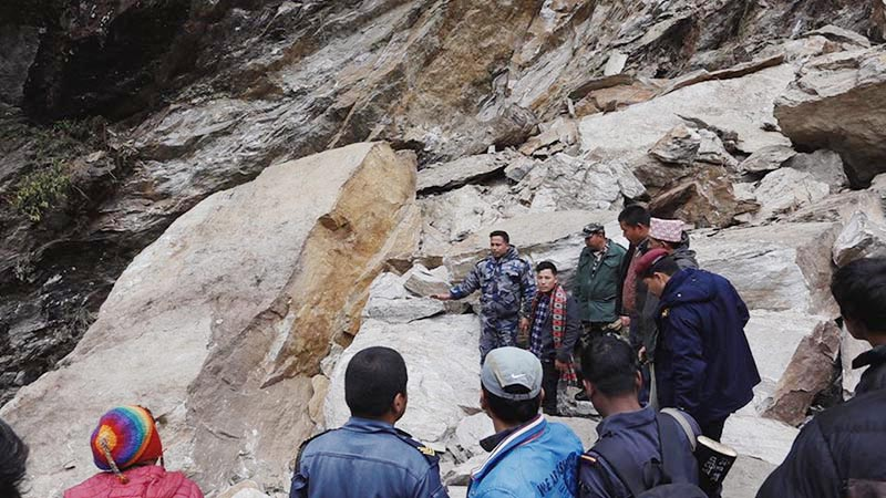 Nepal Police, Armed Police Force and locals searching for persons who went missing in landslides on Sunday at Rubivalley Rural Municipality, Dhading, on Monday, January 28, 2019. Photo: THT