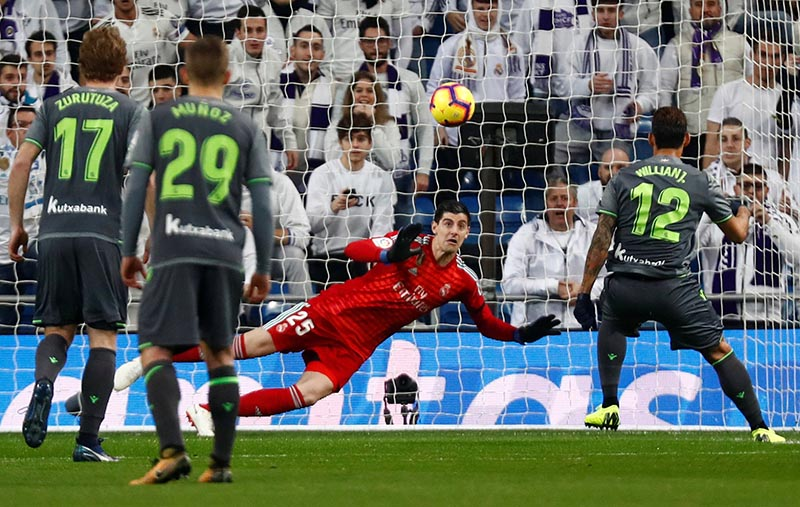 Real Sociedad's Willian Jose scores their first goal from the penalty spot during the La Liga match between Real Madrid and Real Sociedad, at Santiago Bernabeu, in Madrid, Spain, in Janaury 6, 2019. Photo: Reuters