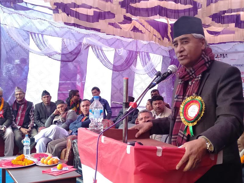 Nepali Congress President Sher Bahadur Deuba speaking at a function in Sindhulimadi, on Saturday. Photo: THT