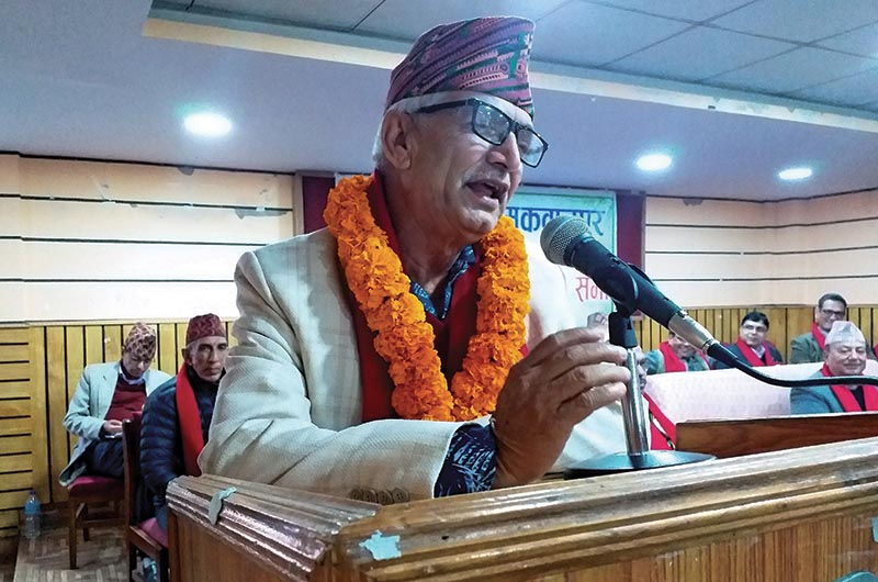 Province 3 Chief Minister Dor Mani Poudel speaking at a programme, in Hetauda, on Saturday. Photo: THT