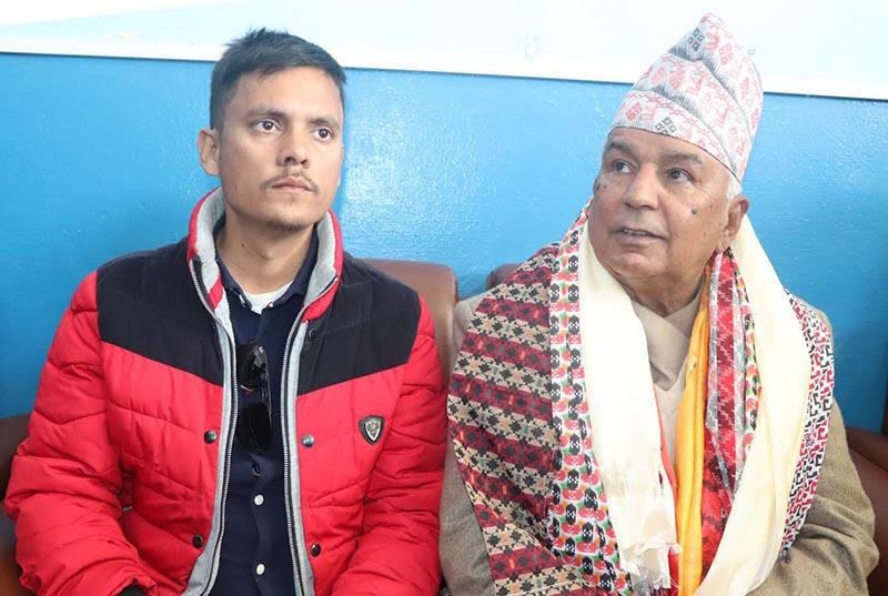 Senior Nepali Congress leader Ramchandra Paudel speaking at a press meet at Bharatpur airport, on Friday, January 18, 2019. Photo: THT