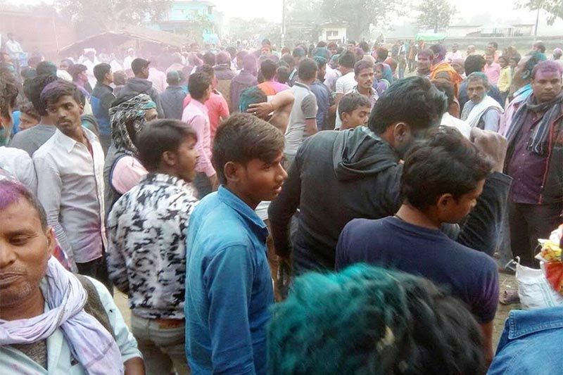 Irate locals gathering at Marchwari Rural Municipality Office after padlocking it in protest against the decision to shift the office, in Rupandehi, on Thursday, December 3, 2019. Photo: THT