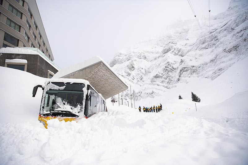 Snow is piled up outside the Hotel Saentis in Schwaegalp, Switzerland, Friday Jan. 11, 2019, after an avalanche. Photo: Gian Ehrenzeller/Keystone via AP