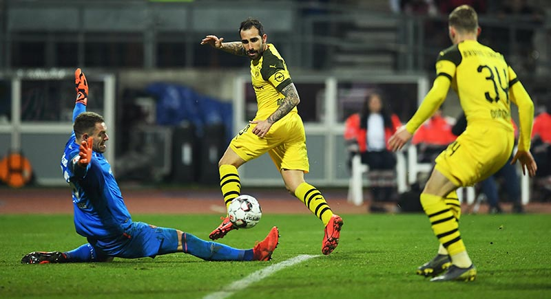 Borussia Dortmund's Jacob Bruun Larsen scores a disallowed goal due to offside after this pass from Paco Alcacer during the Bundesliga - 1 match between FC Nurnberg and Borussia Dortmund, at Max-Morlock-Stadion, in Nuremberg, Germany, on February 18, 2019. Photo: Reuters