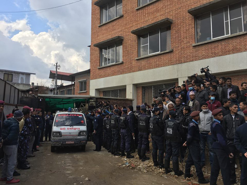 Vehicles carrying the bodies of Air Dynasty chopper crash victims, including Tourism Minister Rabindra Adhikari, have entered the premises of Forensic Department, at Tribhuvan University Teaching Hospital (TUTH), in Maharajgunj, Kathmandu, on Thursday, February 28, 2019. Photo: Ujjwal Satyal/THT