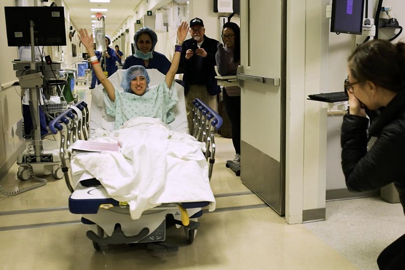 In this image made from video provided by Johns Hopkins Medicine, Nina Martinez of Atlanta is wheeled into a Baltimore operating room to become who is thought to be the worldu0092s first kidney transplant living donor with HIV, on Monday, March 25, 2019.Photo: Johns Hopkins In this image made from video provided by Johns Hopkins Medicine, Nina Martinez of Atlanta is wheeled into a Baltimore operating room to become who is thought to be the worldu0092s first kidney transplant living donor with HIV, on Monday, March 25, 2019.Photo: Johns Hopkins Medicine via AP