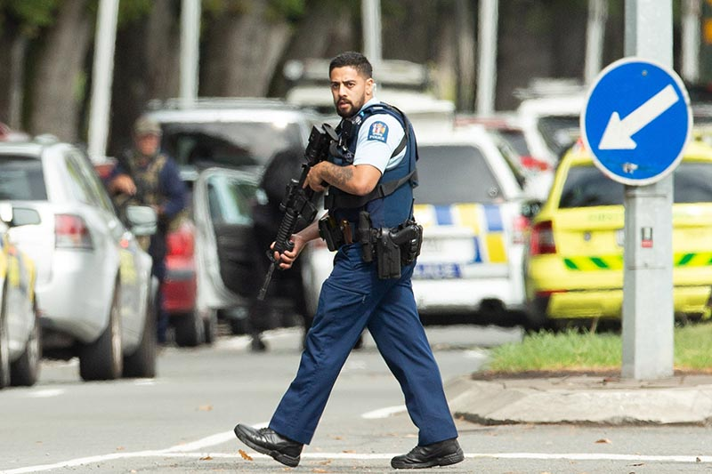Armed police following a shooting at the Al Noor mosque in Christchurch, New Zealand, March 15, 2019.Photo: Reuters