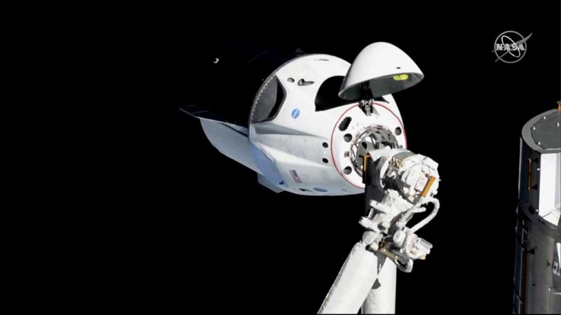 The SpaceX Crew Dragon capsule approaches the International Space Station March 3, 2019. Photo: NASA/Handout via Reuters