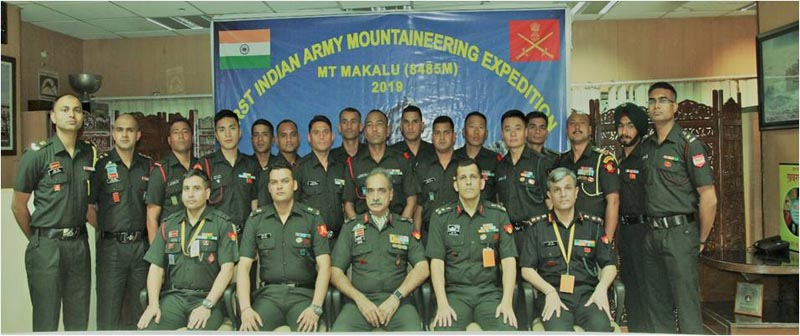 Indian Army personnel including the Indian Army Mountaineering Expedition team. Photo Courtesy: Press Information Bureau (PIB)