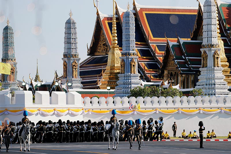 Thai soldiers take part in a rehearsal of Thailand's King Maha Vajiralongkorn coronation procession which will take place next week in Bangkok, Thailand April 28, 2019. REUTERS/Jorge Silva