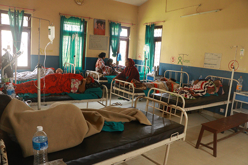 People receiving treatment at Damauli Hospital for food poisoning from consumption of wild yam, in Tanahun district, on Saturday, April 20, 2019. Photo:Madan Wagle/THT