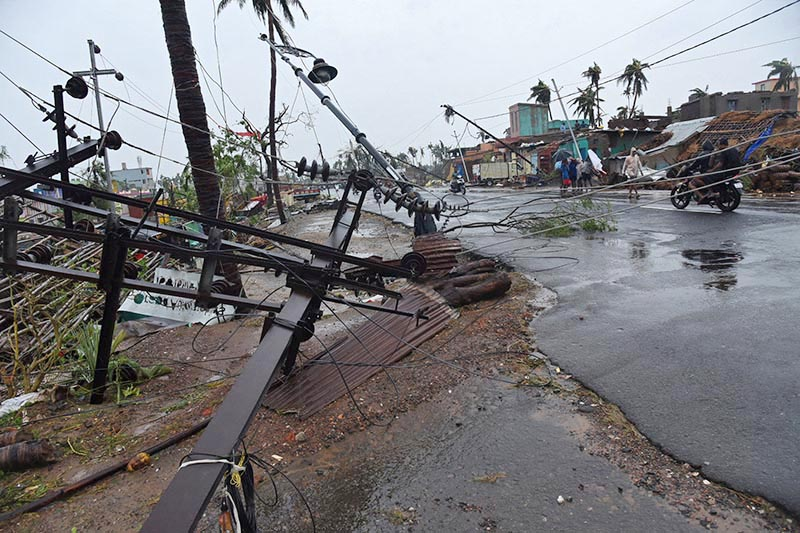 Fallen utility poles are pictured after Cyclone Fani hit Puri, in the eastern state of Odisha, India, on Friday, May 3, 2019.Photo: Reuters
