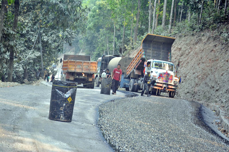 Blacktopping and upgradation work being carried out on Dhadingbesi--Salyantar road section in Dhading district, on Wednesday, May 08, 2019. Photo: Keshav Adhikari/THT