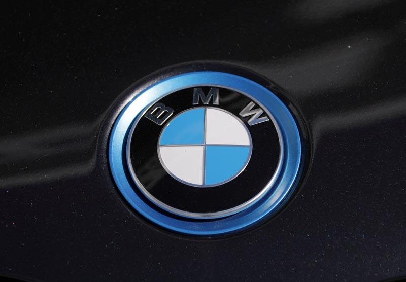 FILE: The BMW logo is seen on a car in Nice, France, April 8, 2019. Photo: Reuters/file