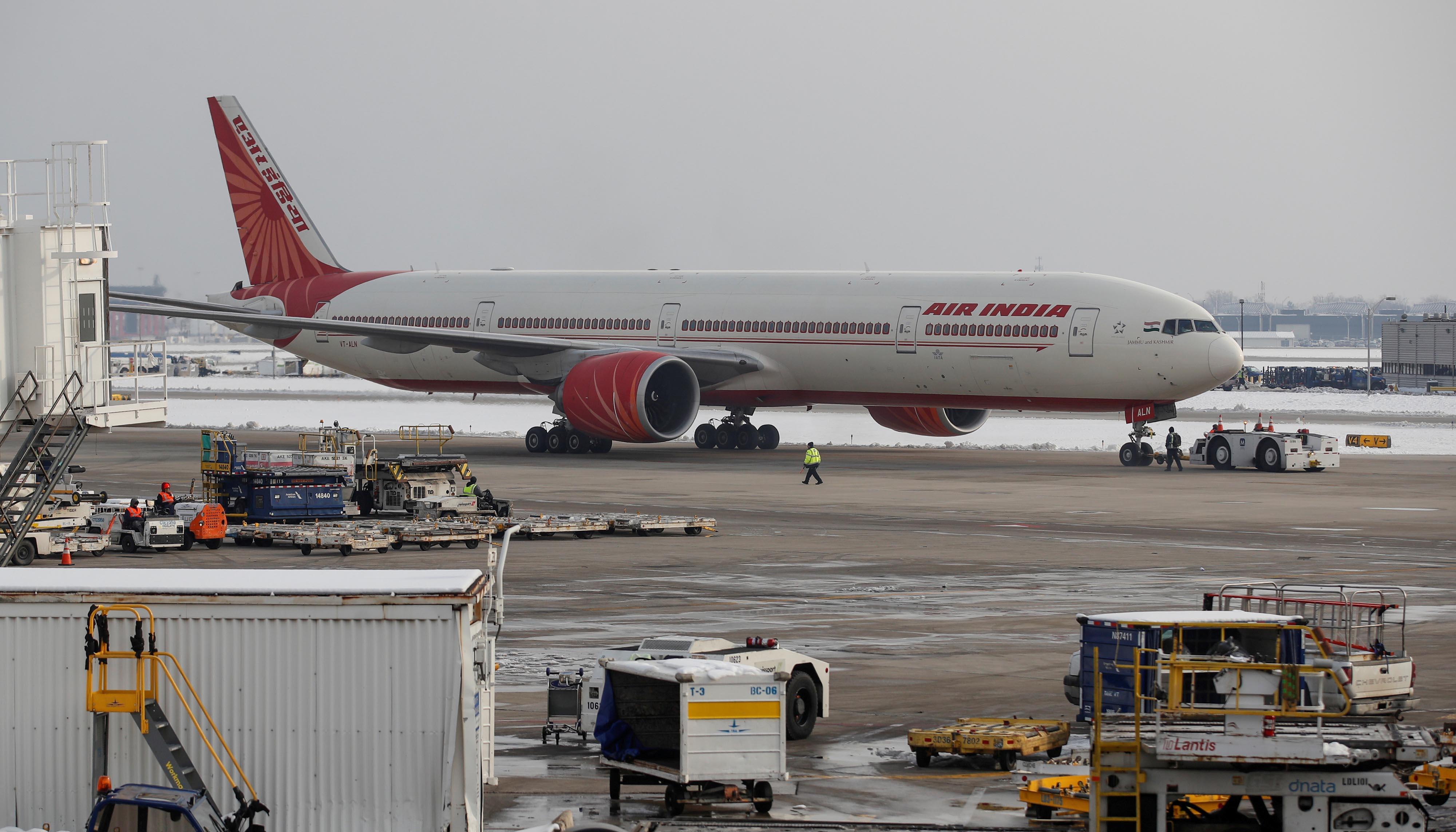 An Air India Boeing 777 plane is seen at O'Hare International Airport in Chicago, US on November 30, 2018. Photo: REUTERS