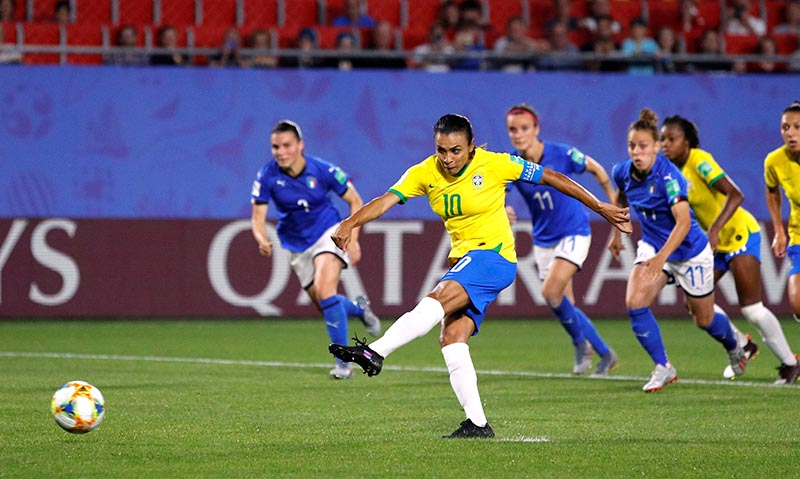 Brazil's Marta scores their first goal from the penalty spot during the Women's World Cup Group C match between Italy and Brazil, at Stade du Hainaut, in Valenciennes, France, on June 18, 2019. Photo: Reuters