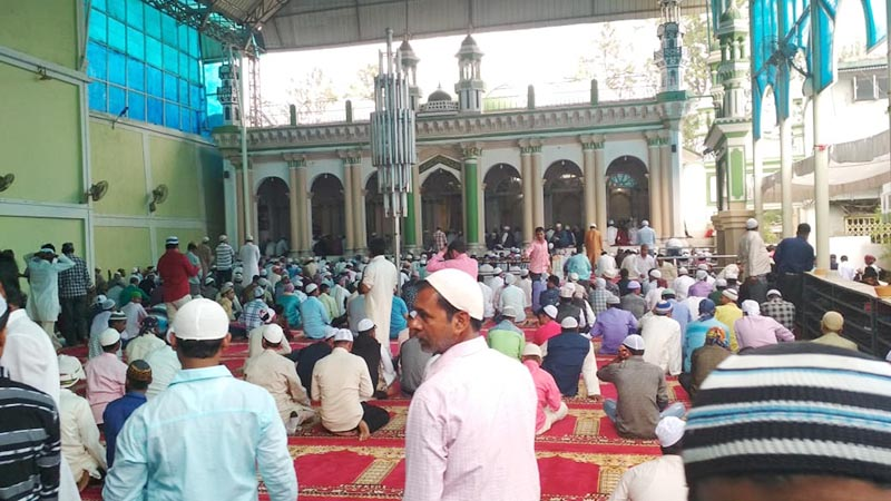 Muslim devotees gather to attend the prayers of Eid al-Fitr at Pancha Kashmiri Takiya mosque, near Ghantaghar, in Kathmandu, on June 5, 2019. Photo: Suresh Chaudhary/THT