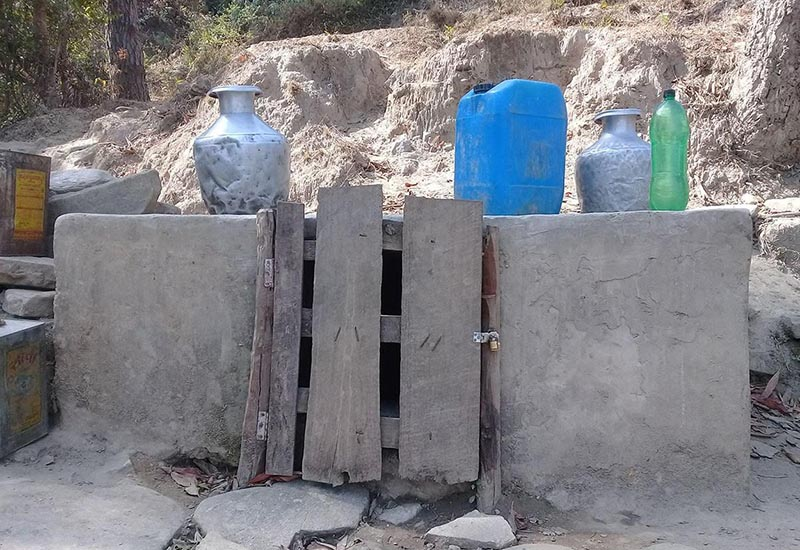 A water reservoir locked from outside to prevent misuse of available water in crisis hit Ram Prasad Rai Rural Municipality, Bhojpur, on Monday. Photo: THT