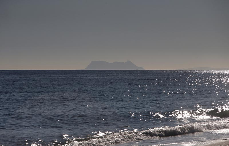 The Rock of Gibraltar, historically claimed by Spain, is seen from El Saladillo beach in Estepona, southern Spain January 14, 2019. Photo: Reuters/File